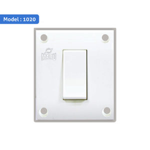 6/16A Switch / Universal Socket - 1020