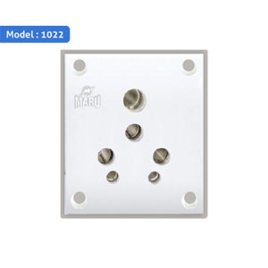 1022 - 6/16A Switch / Universal Socket